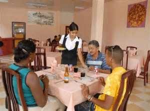 Avanza arrendamiento de locales de centros gastronómicos